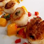 seared scallops with spicy mango salsa