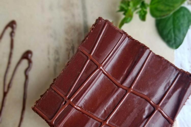fudge brownie overhead with mint